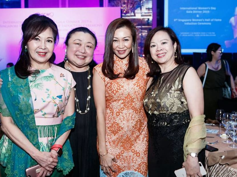 Who are the Singaporean bankers empowering female leaders in finance?