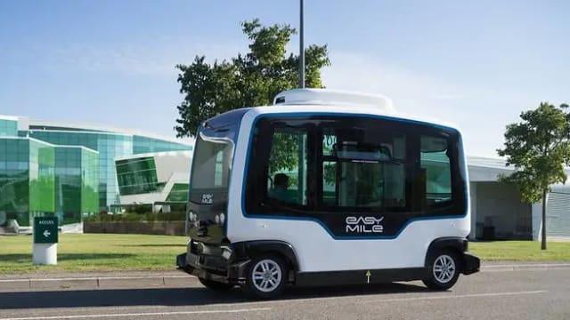 本地第一辆由交通业者经营无人驾驶短程巴士 今年第三季载客试行