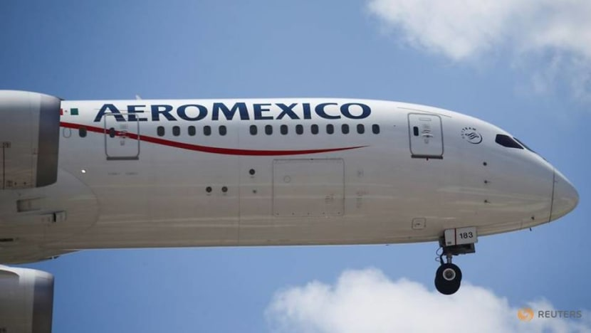 Mexican pilots reject alternative cost plan in Aeromexico overhaul