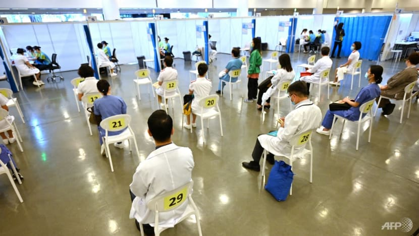 Hong Kong to further relax law to fix doctor shortfall