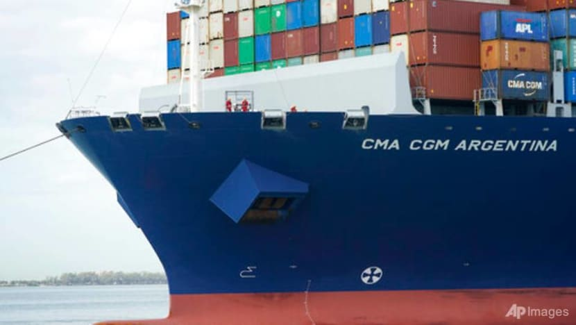 US trade deficit hits record US$74.4 billion in March