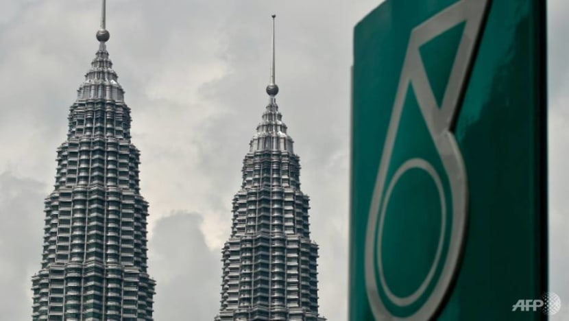 Malaysia's Petronas steps up investments in hydrogen as part of carbon-free energy goals