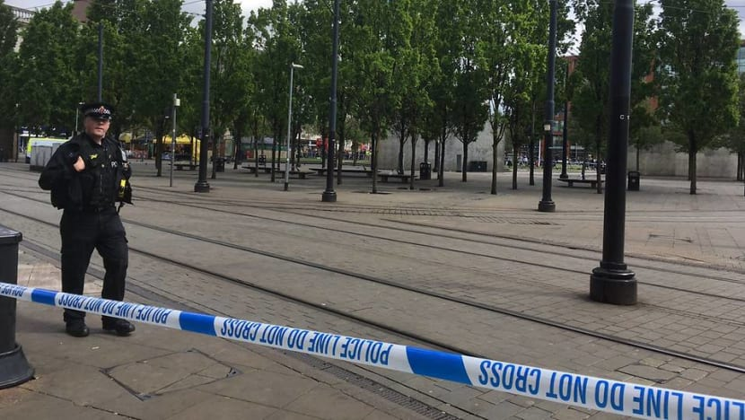 Parts of Manchester city centre evacuated as police investigate two suspicious packages