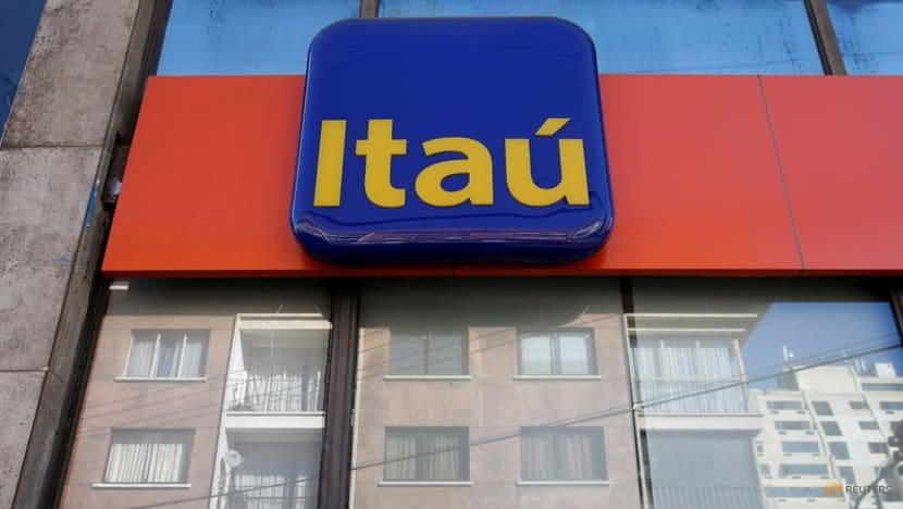 Brazil's Itau lures 10 million clients to its digital bank