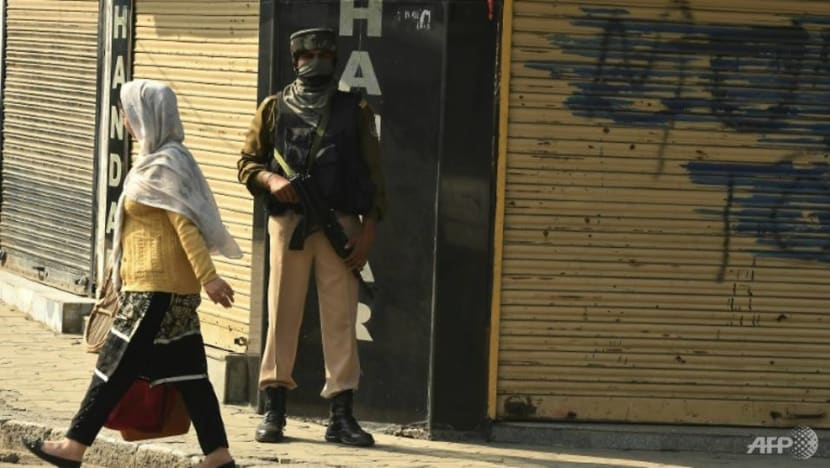 11 killed as India, Pakistan trade fire in disputed Kashmir