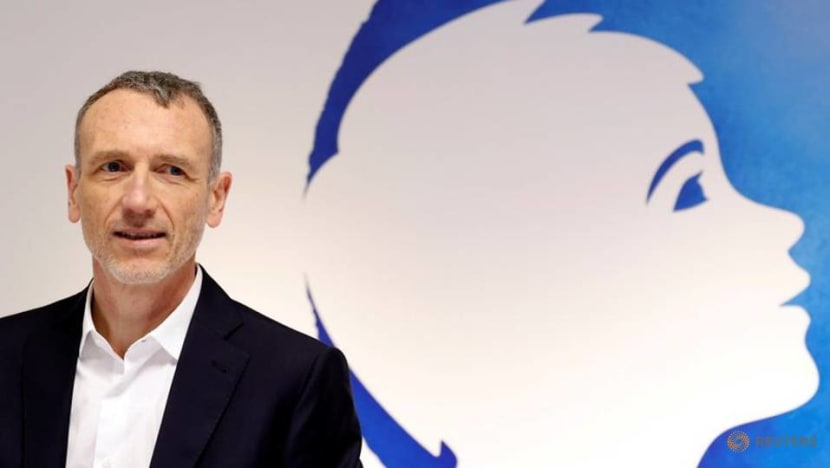 Danone's Faber says not 'dogmatic' about CEO-chairman role: JDD