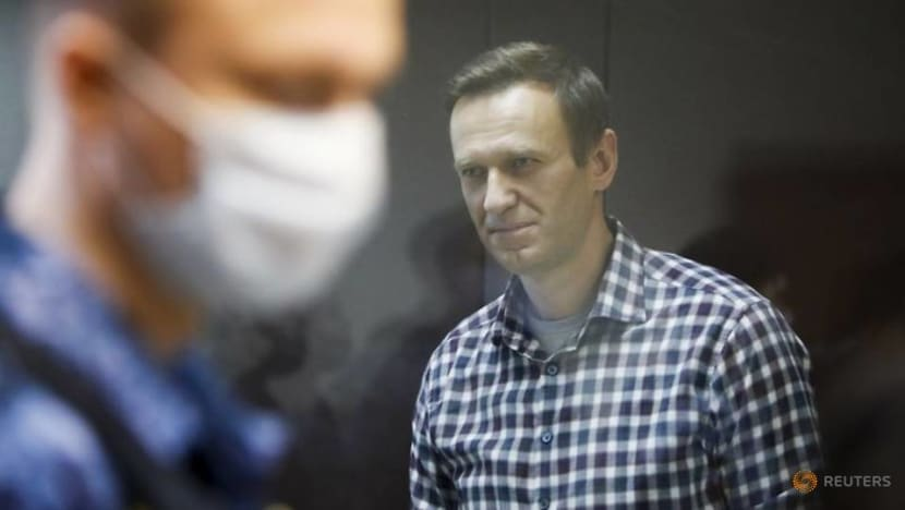 US imposes sanctions on Russia over poisoning of Navalny