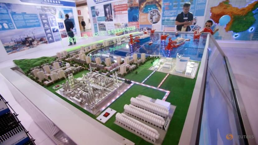 China launches first commercial onshore small reactor project