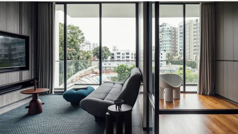 Can a small apartment be made to feel larger and more luxurious?