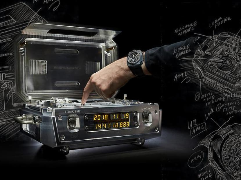 Million-dollar time machines: An atomic clock that syncs with your wristwatch
