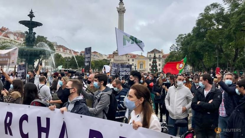 'Can't take any more': Lisbon's bar, restaurant workers protest amid COVID-19 rules