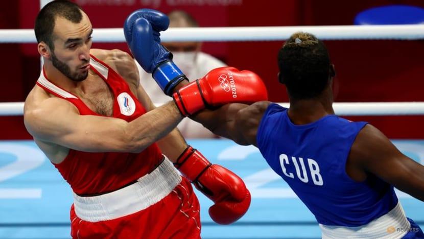 Olympics-Boxing-Cuba's La Cruz wins men's heavyweight gold medal