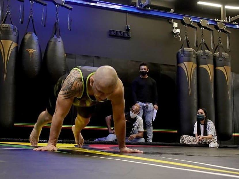 Singapore-based Brazilian sets Guinness Record for most burpees
