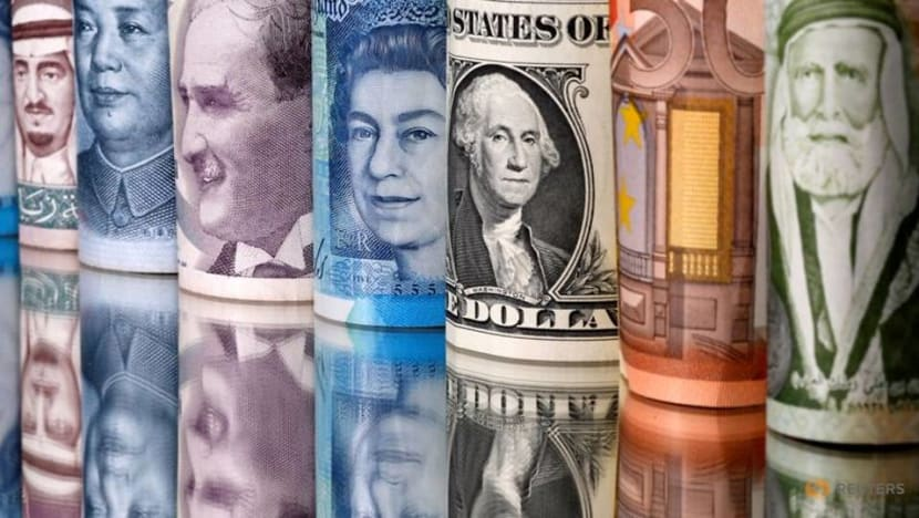 Dollar's ascent pauses before Fed outcome; Aussie struggles