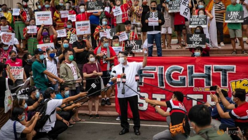 Philippine protest over permission for security forces to enter university