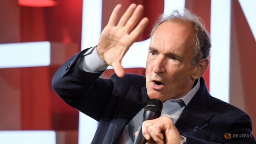 Father of the Web Tim Berners-Lee prepares 'do-over'