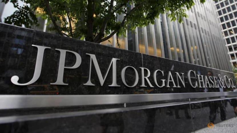 JPMorgan less worried on loans as trading booms