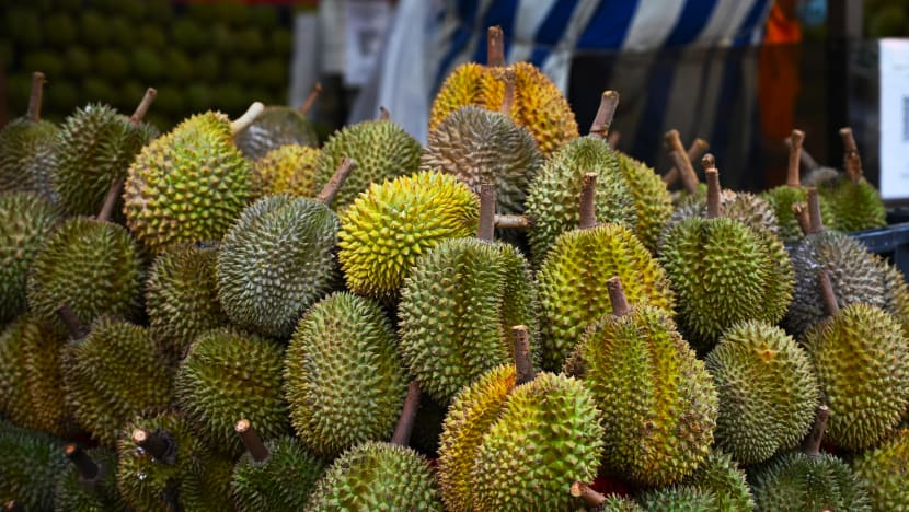 Durian sellers prepare for higher demand as the peak period nears