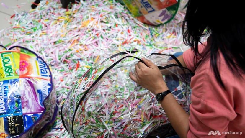 Perusahaan Indonesia ini memberdayakan kaum miskin sembari mendaur ulang sampah