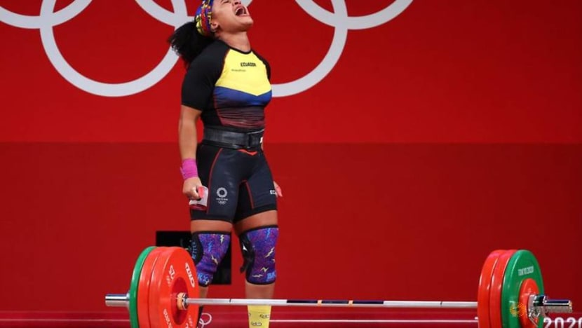 Olympics-Weightlifting-Ecuador's Barrera wins gold in women's 76 kg event