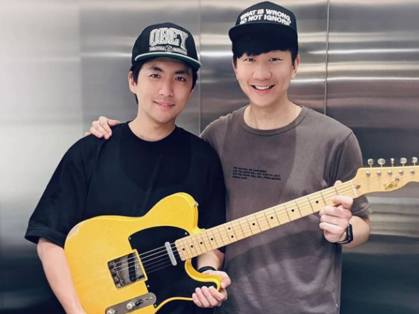 Watch JJ Lin surprise singer Hong Junyang with a guitar for his birthday