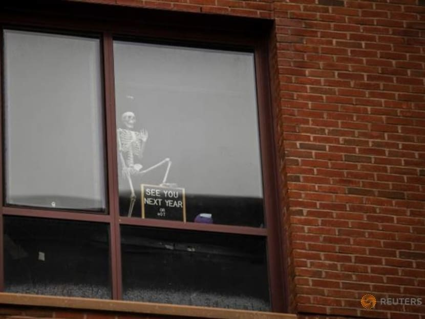 'Kind of lonely': America marks COVID-altered Thanksgiving