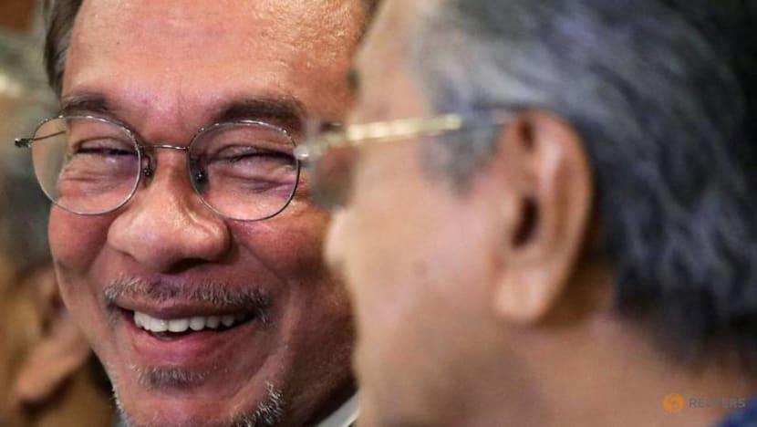 Parti Keadilan Rakyat nominates Anwar as opposition PM candidate, rejects Mahathir