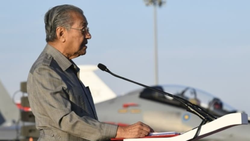 Malaysian combat aircraft old but functioning well: PM Mahathir