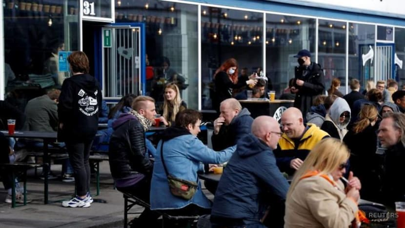 Danish bar offers COVID-19 tests on tap