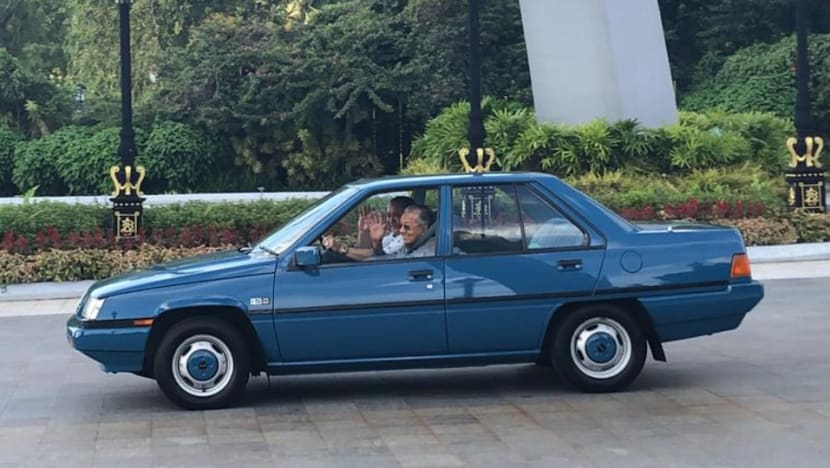 'We had a free exchange of views': PM Mahathir after meeting Johor Sultan