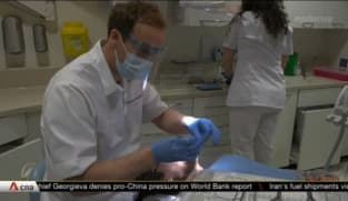 UK dentists see more requests for teeth straightening procedures amid 'Zoom boom' | Video