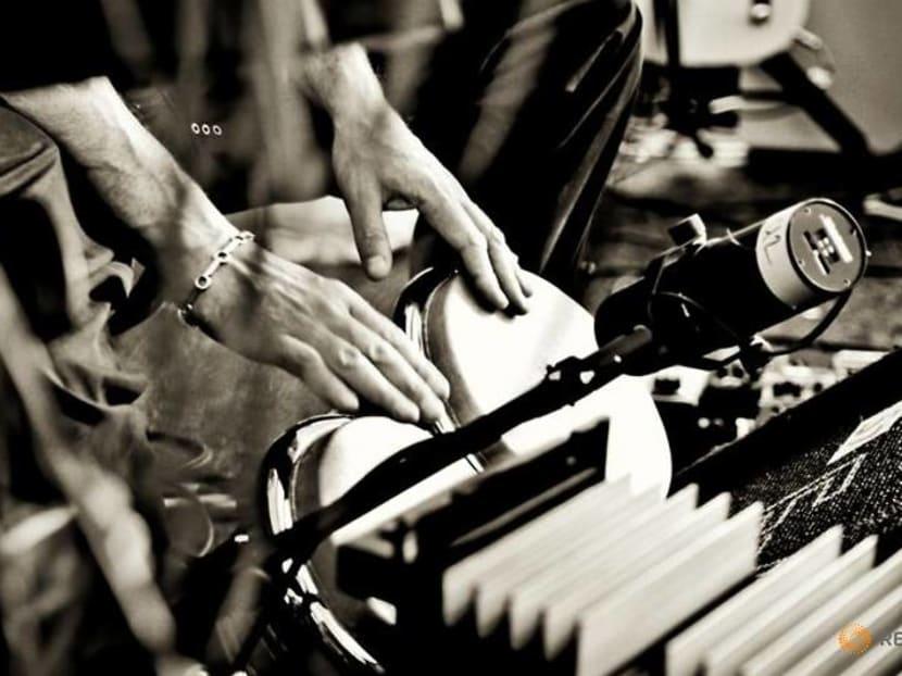 Cuban scenes and U2: Julian Lennon shares photos in virtual show