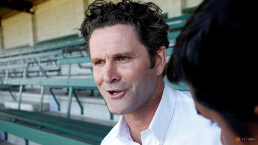 Cricket: Cairns facing 'greatest challenge' after suffering spinal stroke