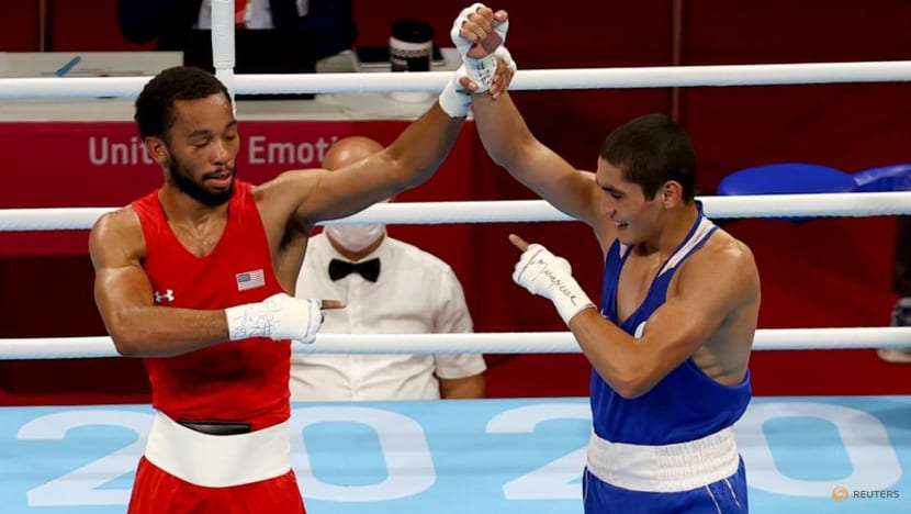 Olympics-Boxing-Russian Batyrgaziev wins men's featherweight gold medal