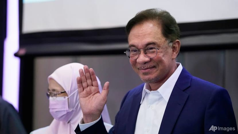Malaysia police to summon Anwar over list of backers of PM bid