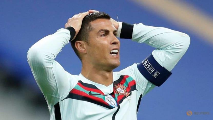 Football: Cristiano Ronaldo tests positive for COVID-19