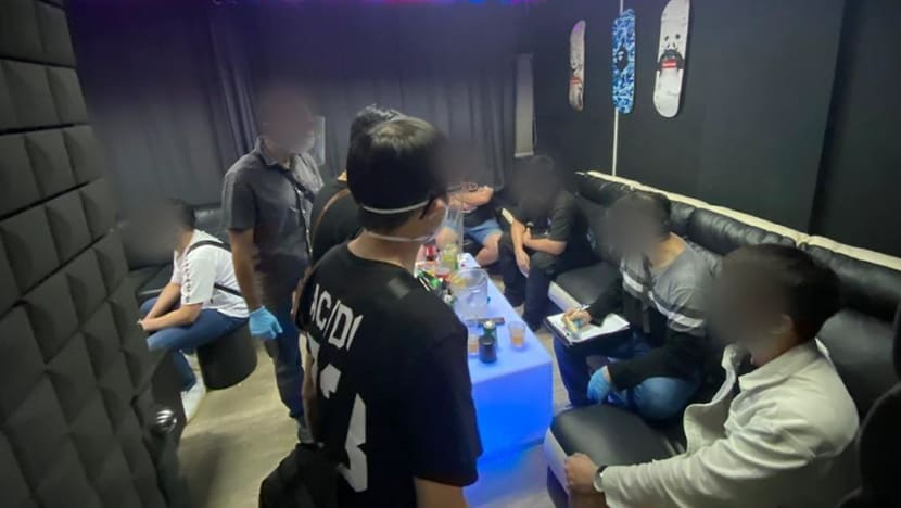 36 people investigated for breaching COVID-19 rules at illegal entertainment venues; 3 men arrested