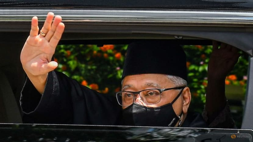 Malaysia PM misses Cabinet swearing-in ceremony after being declared close contact of COVID-19 patient