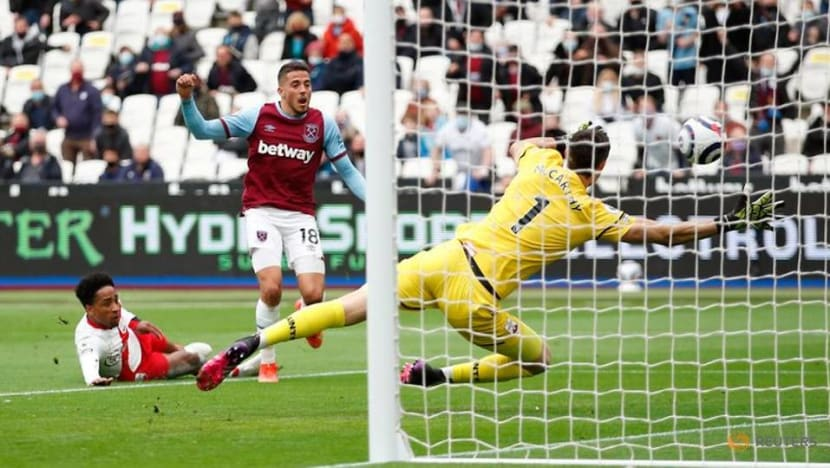 Football: Fornals double powers West Ham into Europa League