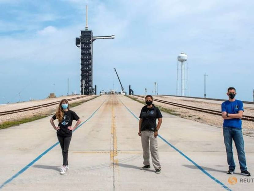 Seats filled for first all-civilian spaceflight crew