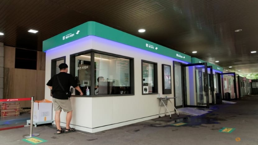 South Korea turns COVID-19 testing booth contactless