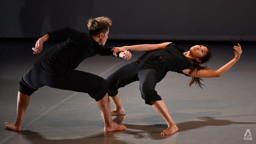 Despite struggling to draw digital audiences, a dance company persists in the pandemic