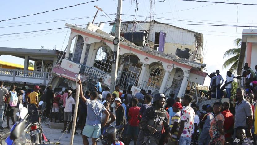 Earthquake kills hundreds in Haiti, worsening Caribbean nation's plight