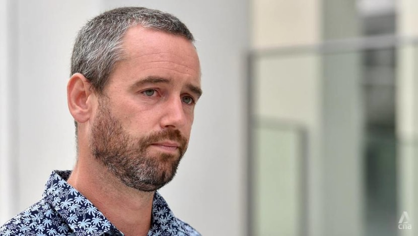 Benjamin Glynn defends himself in trial for failing to wear a mask, supporter causes scene in court