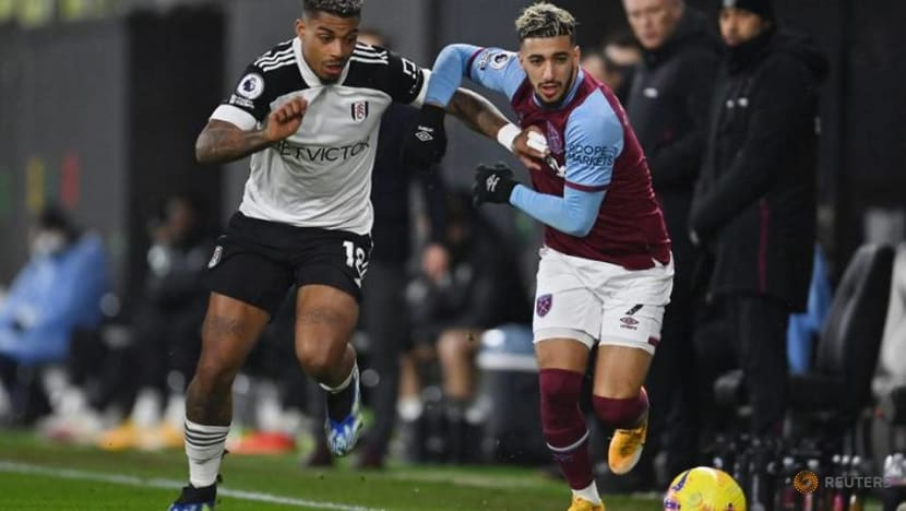 Soucek sent off late on as West Ham held 0-0 at Fulham