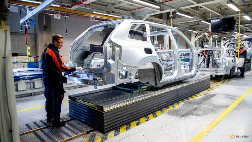 Chip shortage prompts production halt at Volvo Cars in Gothenburg