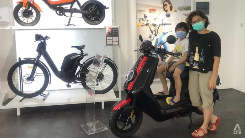 Electric motorbikes could alleviate Indonesia's congestion and pollution, but experts cite challenges