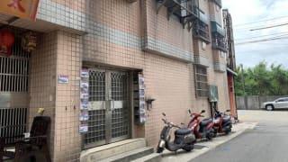 台湾失智老翁随地大小便被反锁阳台 两天后身亡