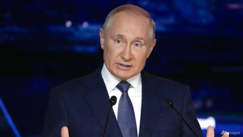Putin to self-isolate due to COVID-19 among inner circle