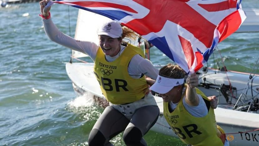 Olympics-Sailing-Mills and McIntyre win gold for Britain in women's 470 class